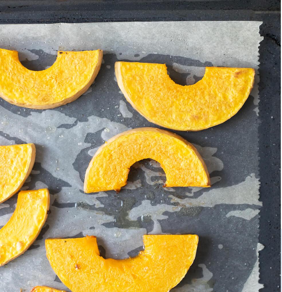 Lamskroon met geroosterde butternut, noten en rozemarijnsaus stap 1